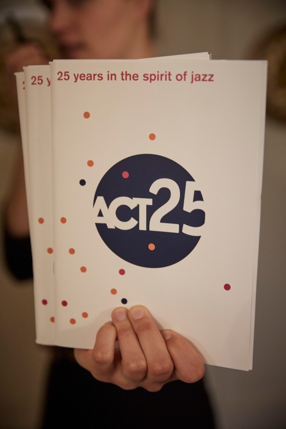 ACT25_04575